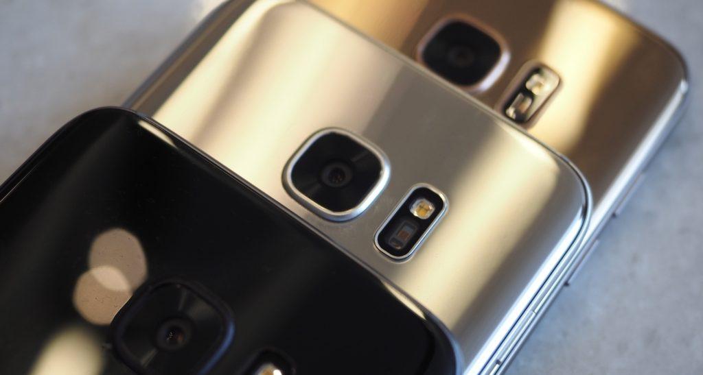 Glossy Black Pearl Samsung Galaxy S7 Edge