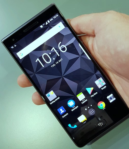 BlackBerry Motion Canada